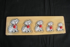 H 18 - puzzle s uchyty dalmatini